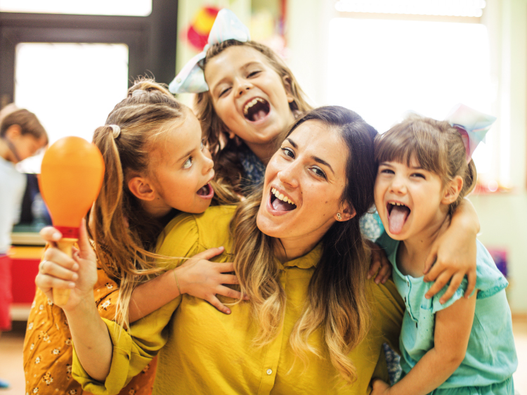 Ausbildung-Erzieher_berufsbegleitend_Spass-mit-Kindern